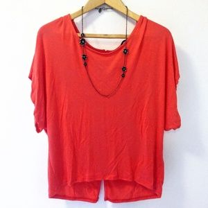 Bebe NWT Coral T-shirt Perfect Weekend Button Top